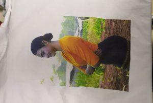 T shirts εκτύπωση δείγμα για τον πελάτη της Βιρμανίας από τον εκτυπωτή WER-EP6090T